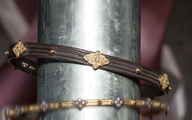 0113-bracelets1_640s.jpg