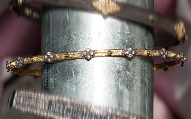 0113-bracelets2_640s.jpg