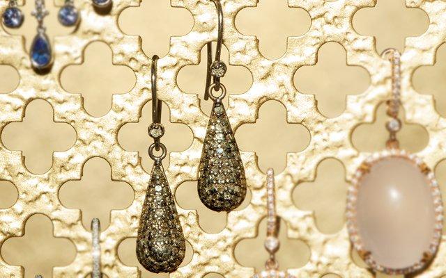 0113-earrings3_640s.jpg