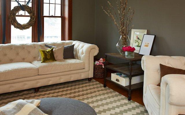 Amanda and Jay Kautt living room