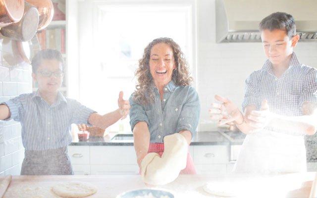 Zoë François baking