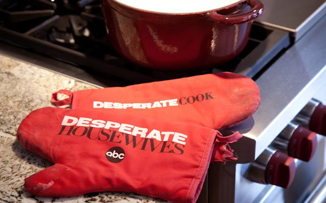 Desperate Housewives oven mits