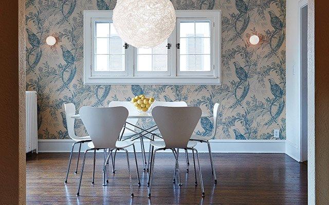 Elizabeth Foy Larsen's dining room, light fixture by El...