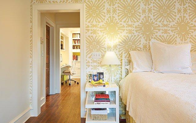 Elizabeth Foy Larsen bedroom, China Seas wallpaper