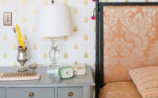 Farrow & Ball Bumble Bee wallpaper