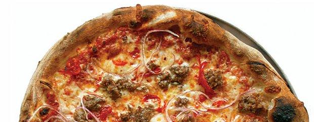 Sweet Italian pizza at Pizzeria Lola