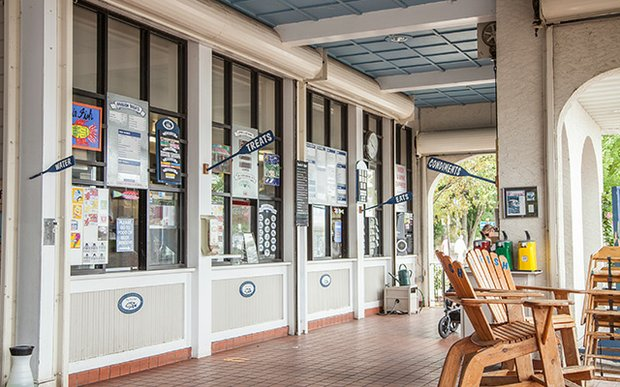 The Tin Fish cafe on Lake Calhoun