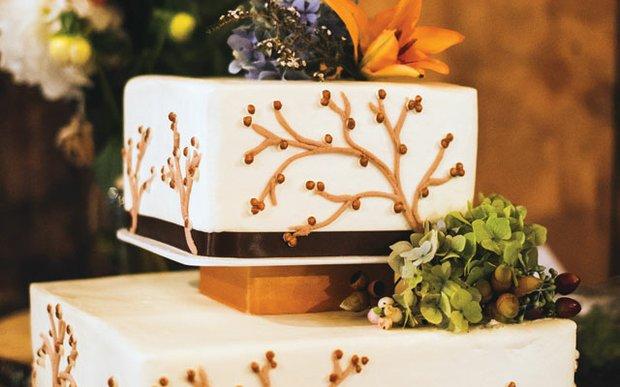 Wedding cake by Buttercream Wedding Cakes in Minnetonka
