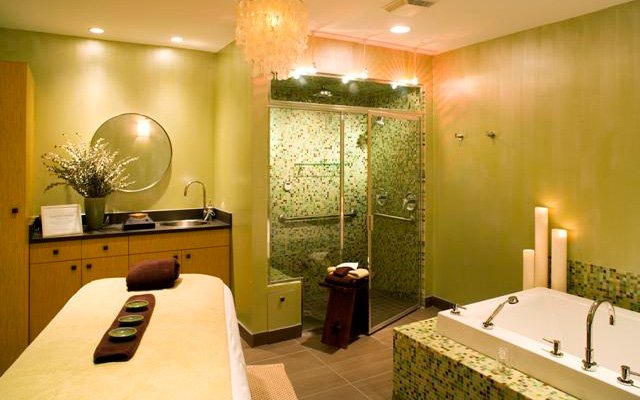Fusion LifeSpa in Deephaven, MN