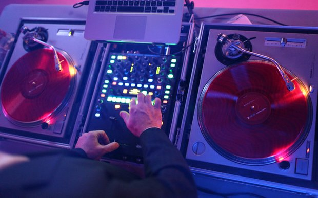 A DJ for Flow Event Group