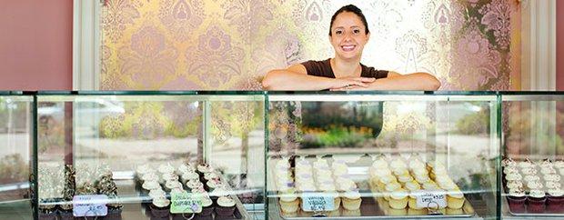 Nadia Cakes interior.