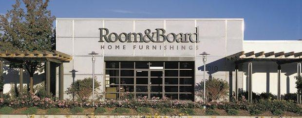 Exterior of Room & Board in Edina