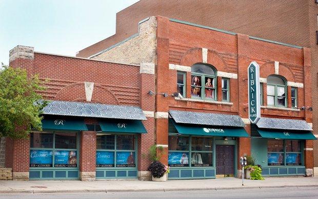 Exterior of Ribnick Fur & Leather in North Loop Minneapolis
