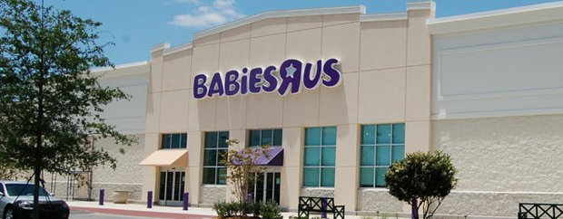 """Exterior of Babies """"R"""" Us"""