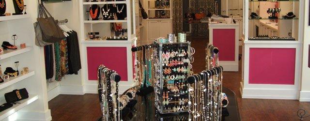 Fringe Boutique Edina