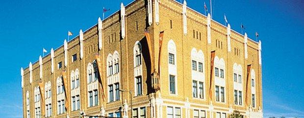 Exterior of Aveda Institute Minneapolis
