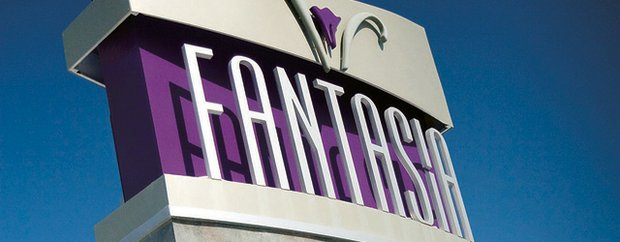 Sign for Fantasia Salon/Spa & Wig Specialists