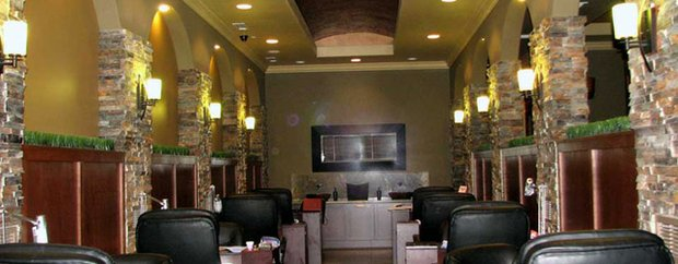 Interior of Livvy Nails & Spa in Lakeville