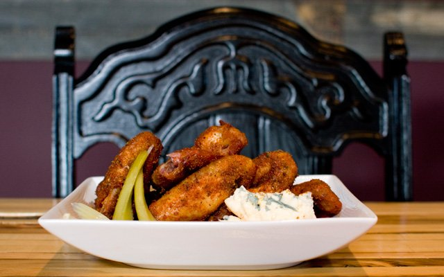 Chicken wings at Icehouse on Eat Street in Minneapolis