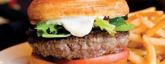 City Lunch: The Lowry's Short Rib & Chuck Burger