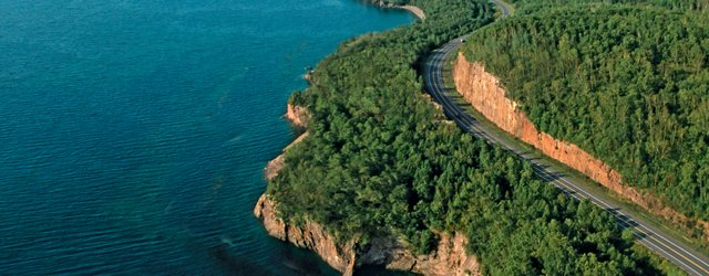 North Shore scenic byway near Tettegouche State Park