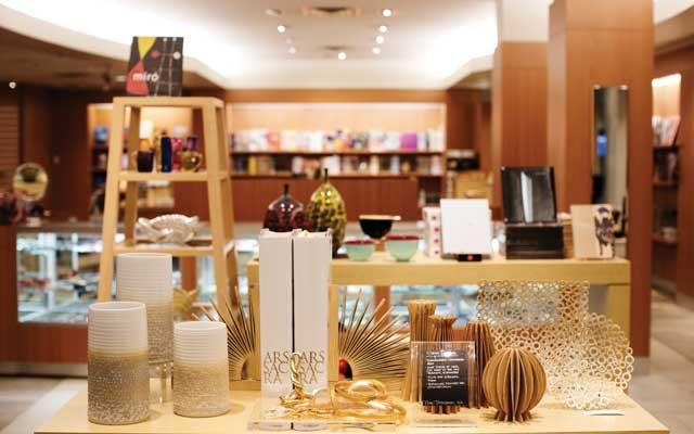 MIA gift shop