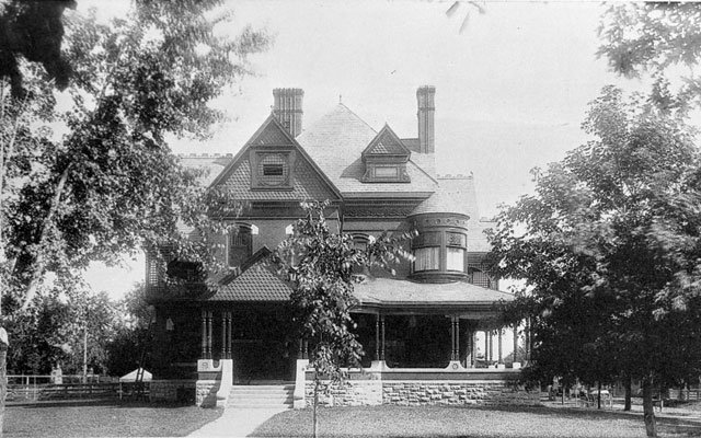 An early photo of the Frank P. and Anna Shepard House / Photo courtesy Minnesota Historical Society