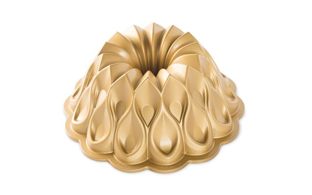 Nordic Ware gold Crown bundt pan