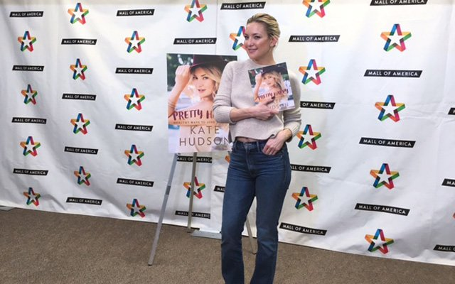"Actress Kate Hudson promoting her book ""Pretty Happy"" at the Mall of America"