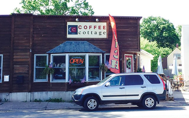 Coffee Cottage in Mahtomedi
