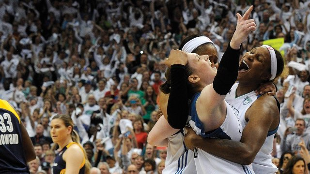 Lindsay Whalen and teammates celebrated their game-five win against the Indiana Fever in the 2015 WNBA Championships