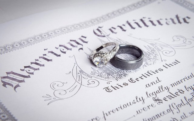 marriage-certiicate_640.jpg