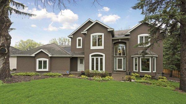 Edina Realty Exceptional Properties Aug 16 e4a