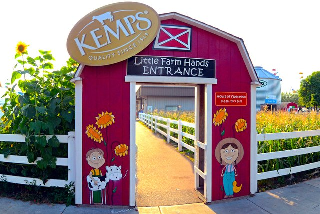 State Fair Kemps Little Farm Hands