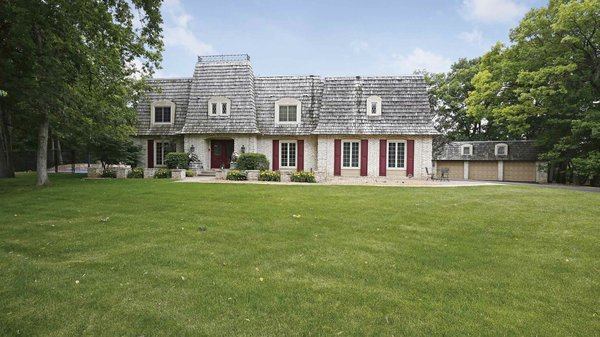 Edina Realty Exceptional Properties Oct 16 e16a