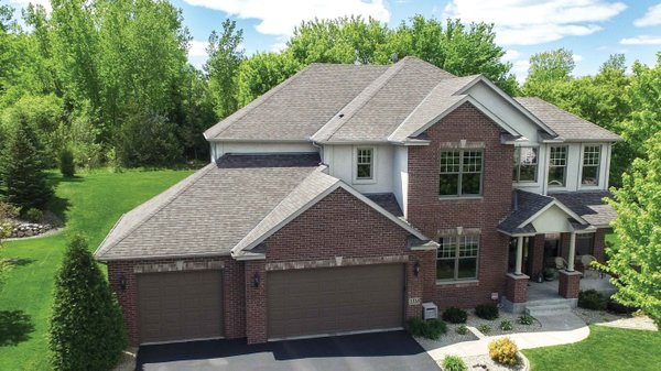 Edina Realty Exceptional Properties Oct 16 e14d