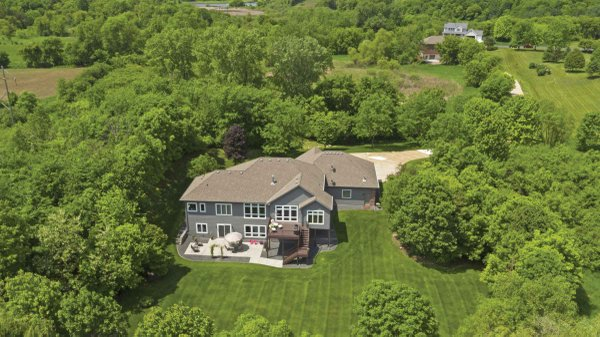 Edina Realty Exceptional Properties Oct 16 e17a