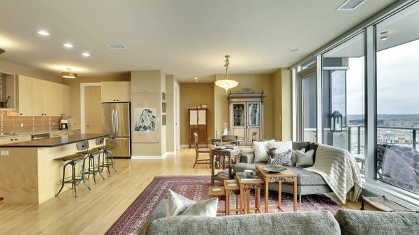 Edina Realty Exceptional Properties Oct 16 e2a