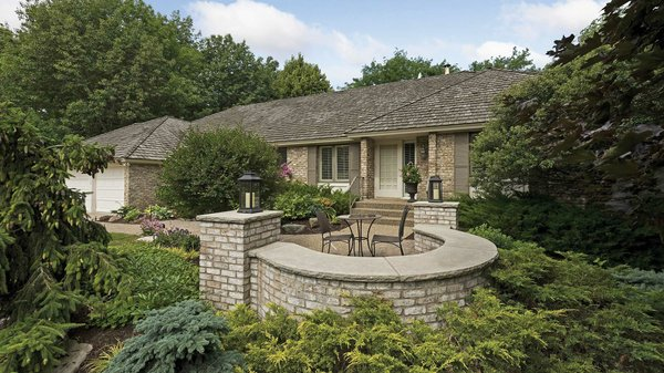 Edina Realty Exceptional Properties Oct 16 e3a