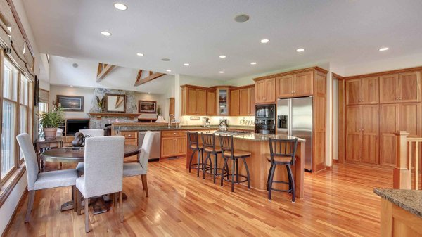 Edina Realty Exceptional Properties Oct 16 e13f