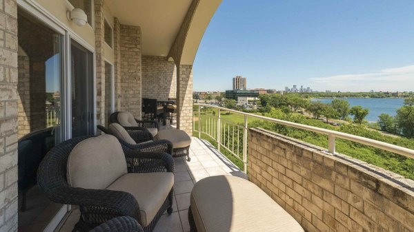 Edina Realty Exceptional Properties Oct 16 e8a