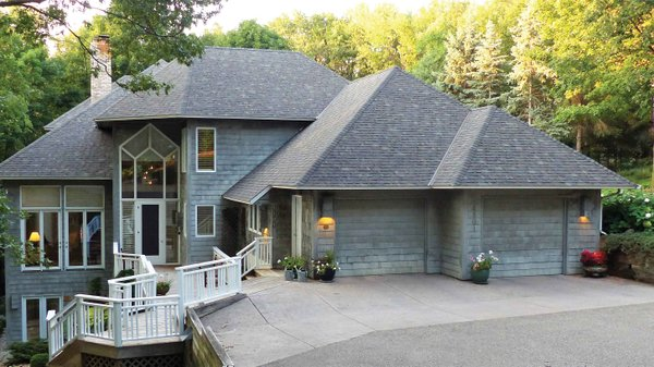 Edina Realty Exceptional Properties Oct 16 e6d