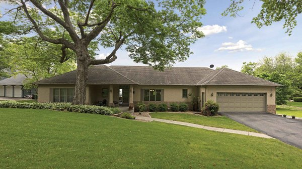 Edina Realty Exceptional Properties Oct 16 e7e