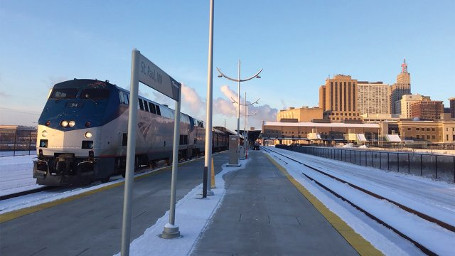 Amtrak leaving St. Paul