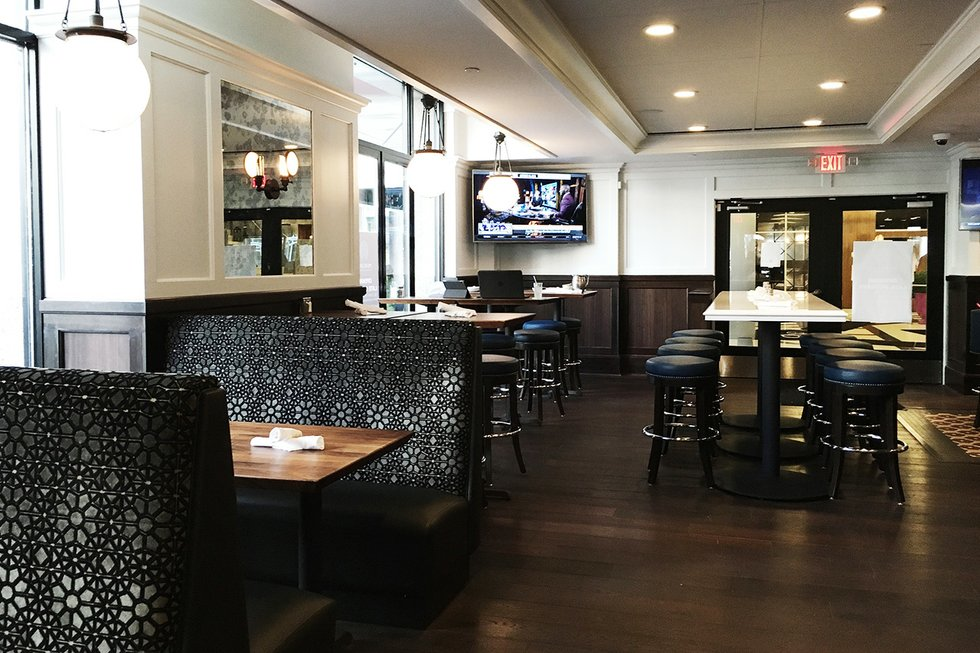 Sneak Peek Inside Of Mercury Dining Room Amp Rail Mpls St