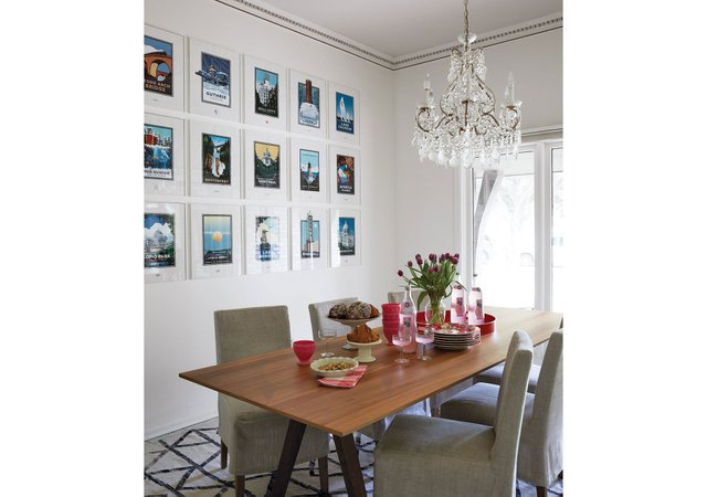 19_02_Gonzalez_Home_dining-rooms-gallery-wall.jpg