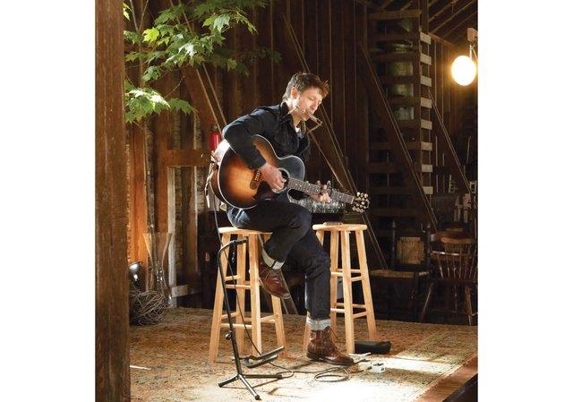 20_15_Everett-and-Underwood_Local-singer-songwriter-Chris-Koza.jpg