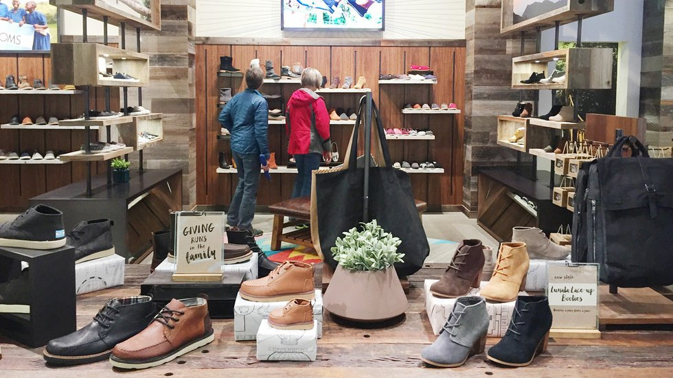 SKECHERS Retail Shoe Stores 1201 Hooper Ave, Toms River