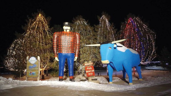 Paul-Bunyan-and-Babe-in-Bemidji.jpg