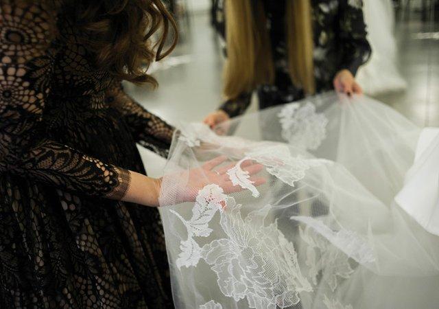 l'atelier-dress-purchasing-process-2.jpg